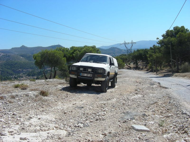 Toyota HiLux 2.4D [LN65] 080907_018