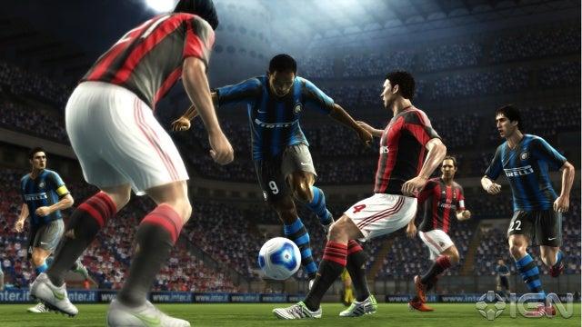 النسخة الاصليه من اللعبة المنتظرة من الجميع . Pes 2012 بمساحة 1.3 على أكثر من سيرفر  Pro-evolution-soccer-2012-20110607043319532_640w