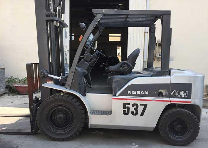 Phân phối xe nâng điện cũ nhập khẩu trực tiếp chính hãng Xe-nang-dien-cu-ngoi-lai-nissan-chinh-hang