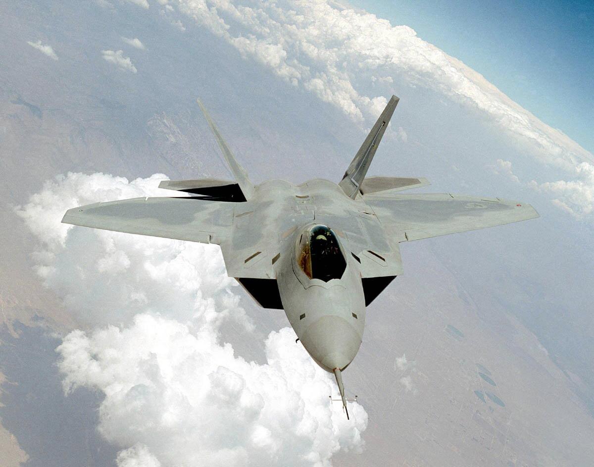 F-22 Raptor - Page 2 021105-O-9999G-080