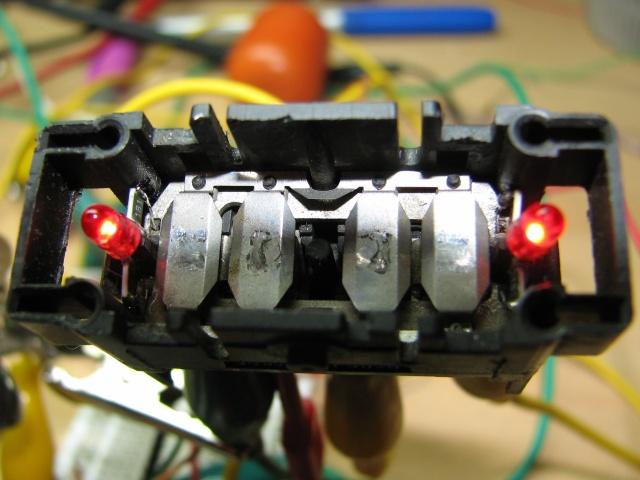 [TUTO] Changement ampoule bouton vitre electrique phase 1 Img_1393_interrupteur_a_leds