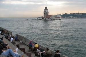 منارة الفتاة (برج الفتاة ) في اسطنبول  K%C4%B1z_Uskudar-300x200