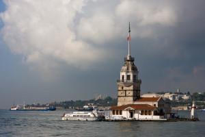 منارة الفتاة (برج الفتاة ) في اسطنبول  Maidens_Tower_1-300x200