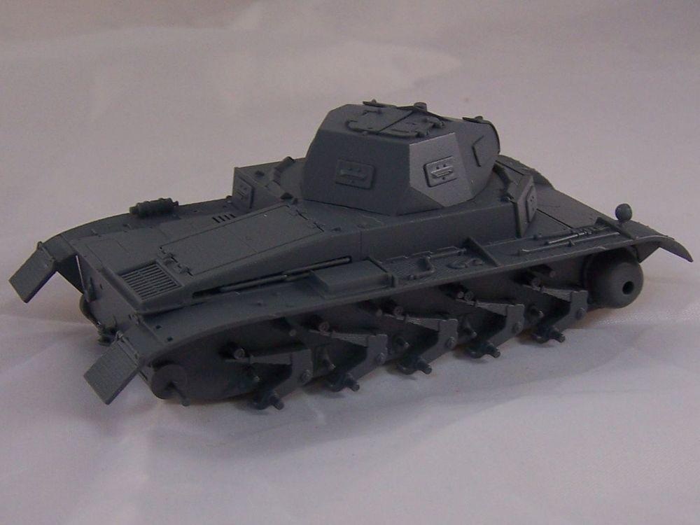 [Tamiya 1/48]: Panzer II Ausf. C: 3ème jour, le char est fini Mon02