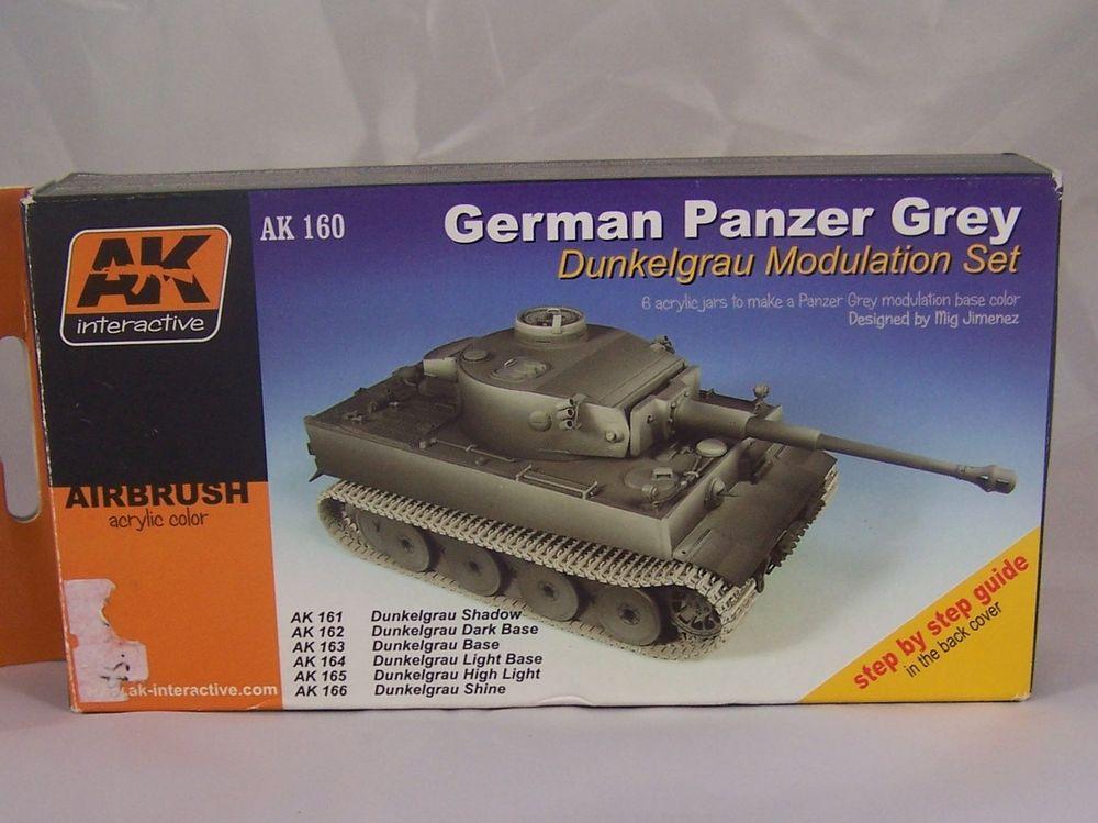 [Tamiya 1/48]: Panzer II Ausf. C: 3ème jour, le char est fini Mon10