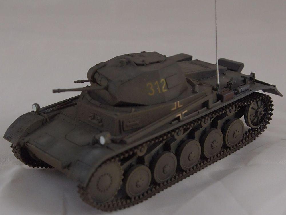 [Tamiya 1/48]: Panzer II Ausf. C: 3ème jour, le char est fini Mon23