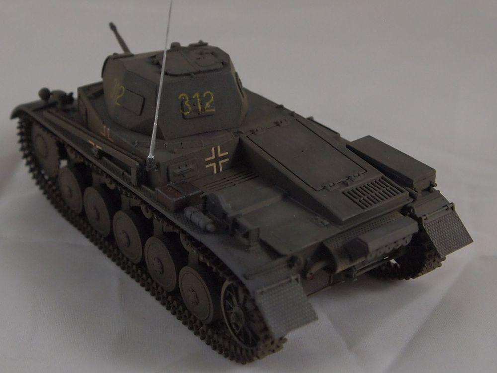 [Tamiya 1/48]: Panzer II Ausf. C: 3ème jour, le char est fini Mon24