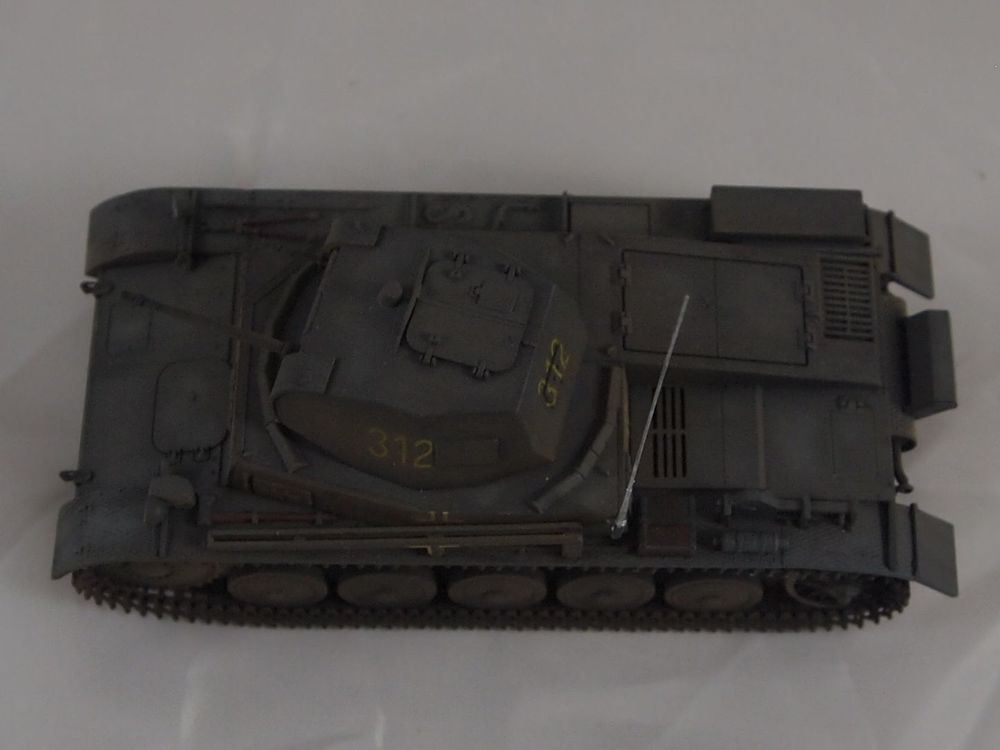 [Tamiya 1/48]: Panzer II Ausf. C: 3ème jour, le char est fini Mon26