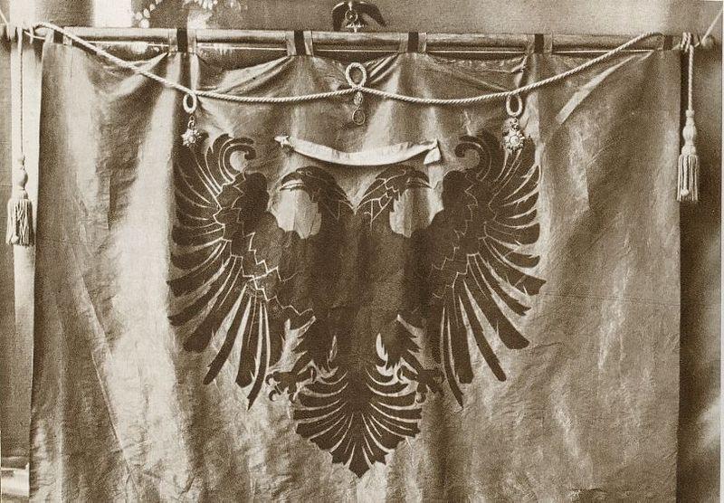 Djepat shqiptar dhe ritet tjera dhe foto historike - Faqe 6 Shqiponja_2
