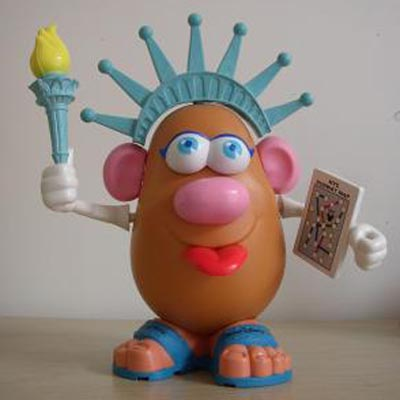 Monsieur Patate - Page 4 Mr.patate.disney.statue.de.la.liberte