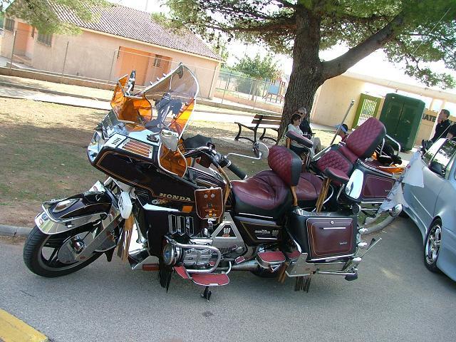 FPT MOTOR'SHOW 1 - Dimanche 15 octobre 2006 à Puget-Ville - Page 5 FPTmotorshow-65