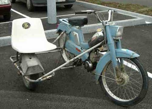 Mobylette con Sidecar? 88-side