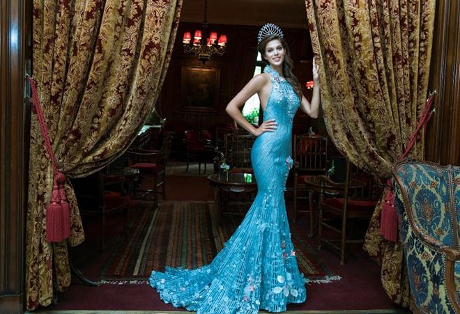 Iris Mittenaere - 65th Miss Universe (France) 2a
