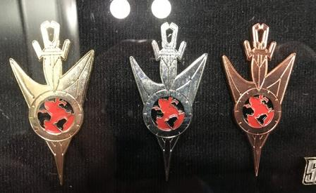FanSets [pin's de collection] Nycc18-fansets-dscmirrorpins-640x392
