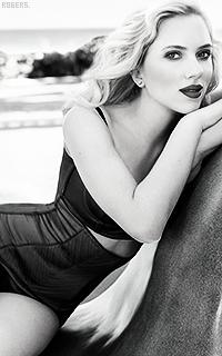 Scarlett Johansson 7PAKJNe
