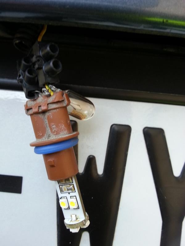 LED éclairage plaque erreur ODB 1345850289-20120817-164930