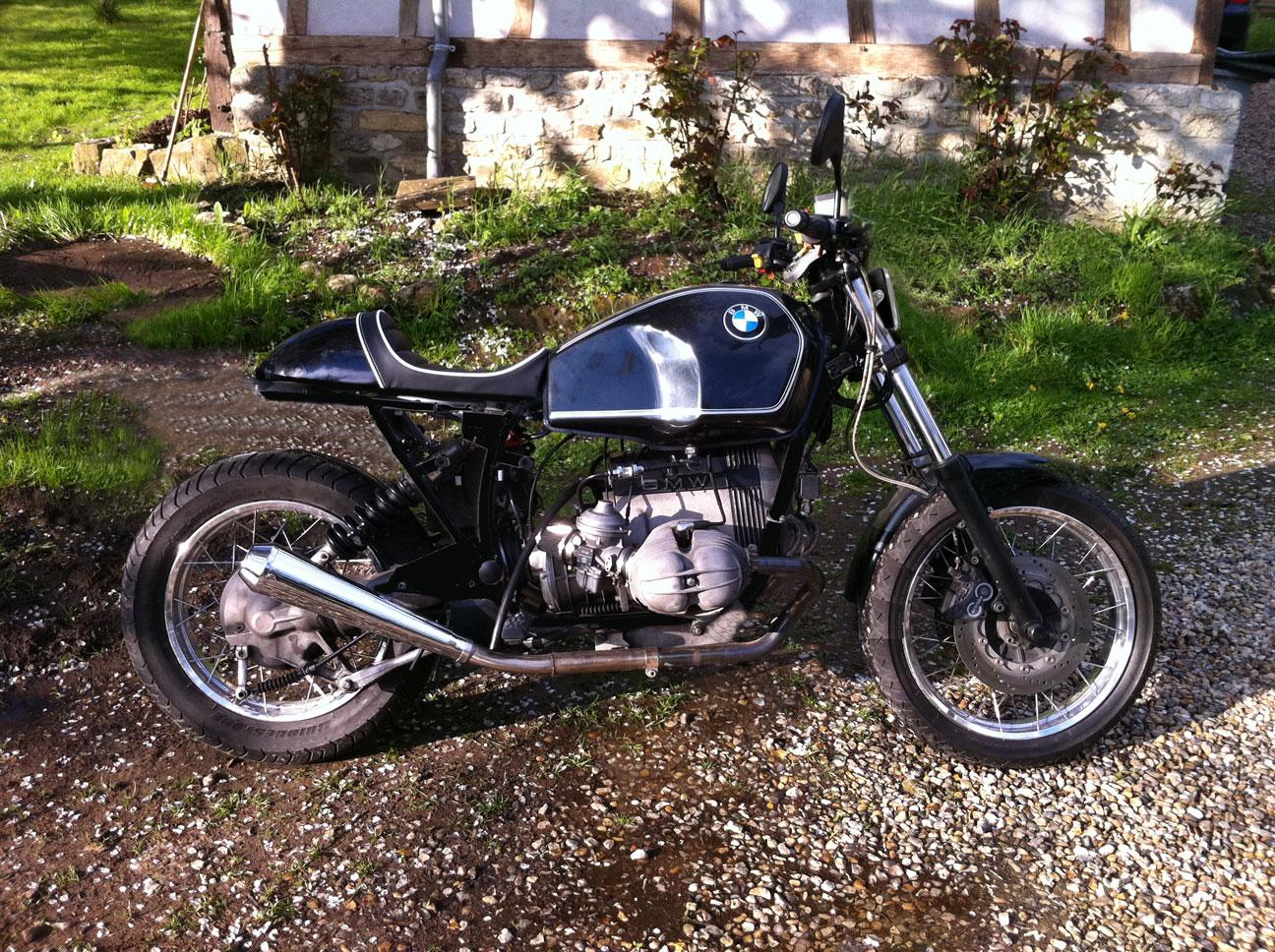 R100R rabbit racer 1368090838-essai-bmw-sans-tete-lapin-petit-phare-2eme-cadre-noir-garde-boue-long-sans-pare-cylindre