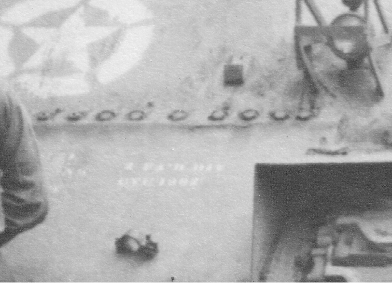 Identification de char 1407002410-inscription-char-casque