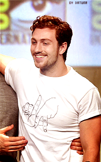 Aaron Taylor Johnson - 200*320 1407785311-d12