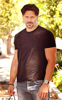 Joe Manganiello ↔ 200*320 1411928228-ar12