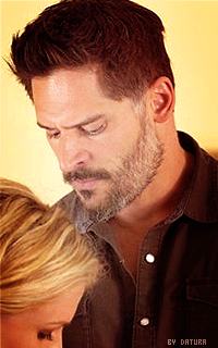 Joe Manganiello ↔ 200*320 1411928322-va11