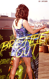 Megan Fox 200*320 1415087249-bout11
