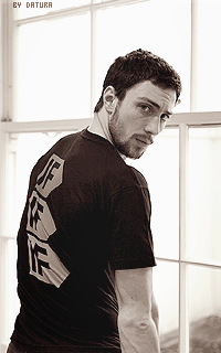 Aaron Taylor Johnson - 200*320 1417816235-cpt25