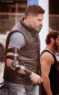 Joe Manganiello ↔ 200*320 1421424264-want45