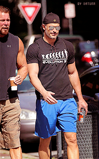 Joe Manganiello ↔ 200*320 1421424278-want52