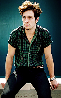 Aaron Taylor Johnson - 200*320 1423676268-corn24