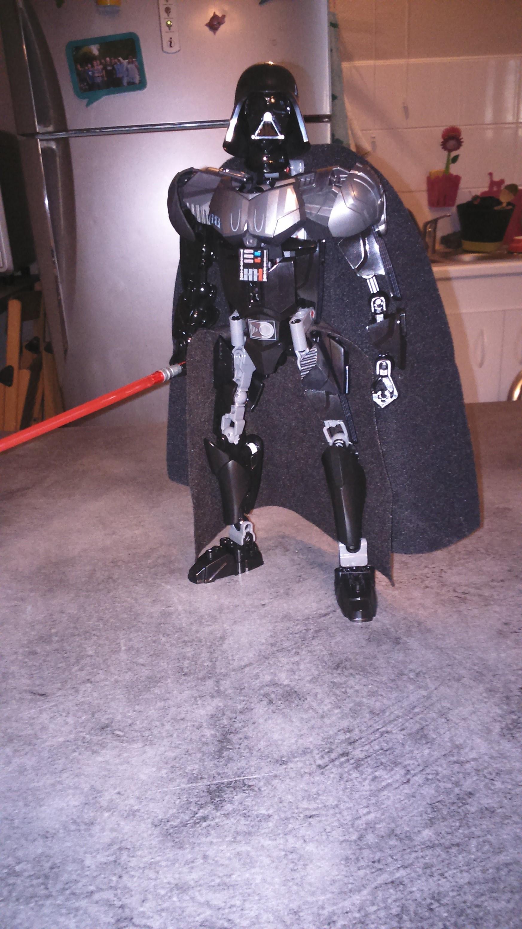 [Revue] Figurine à construire LEGO Star Wars 75111 : Dark Vador  1441562978-dsc-0025