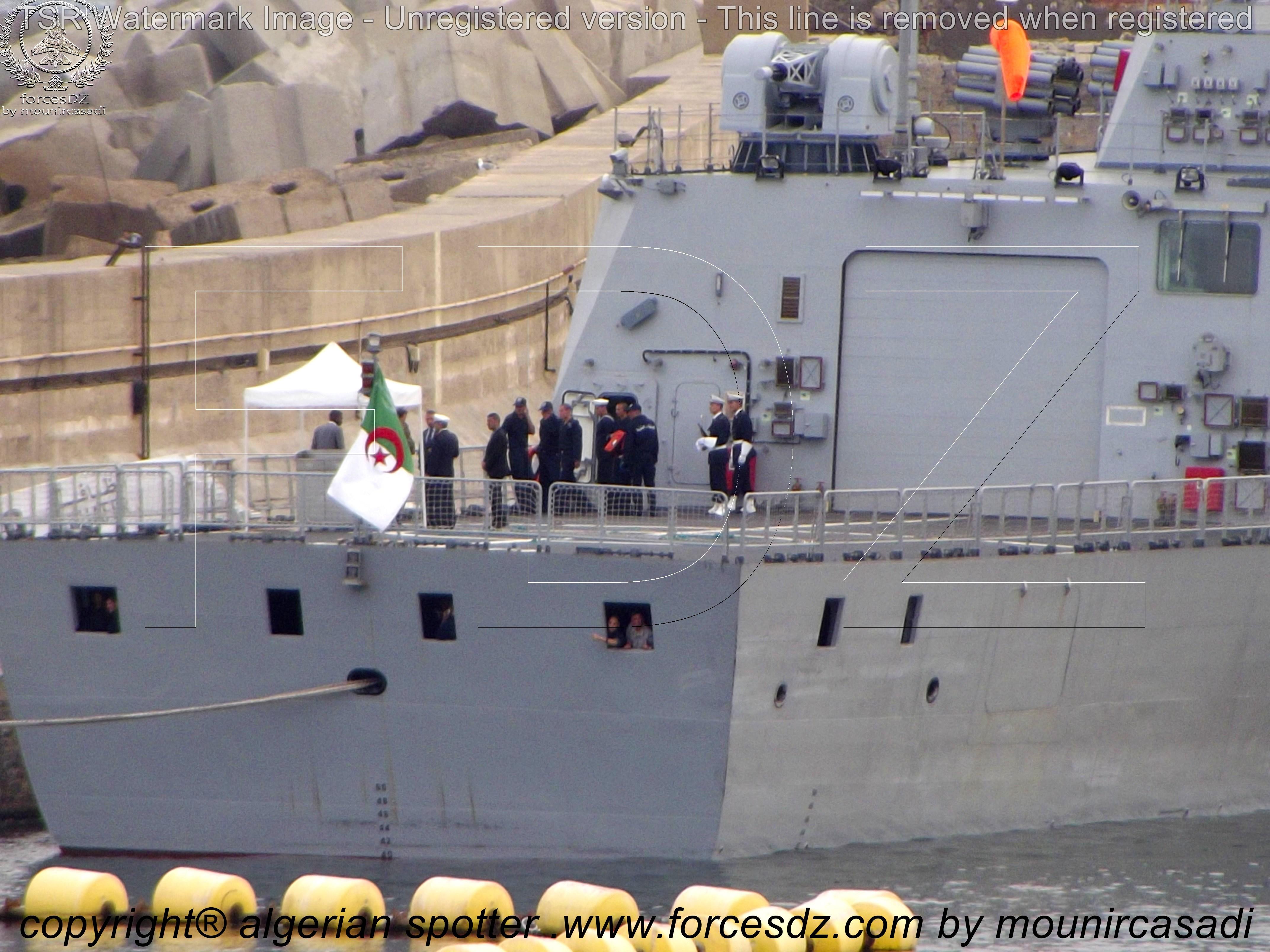 ورشة صناعة السفن CSSC تنزل للماء أولى فرقاطات C28A الجزائرية المتعاقد عليها في 2012 - صفحة 7 1446386706-1