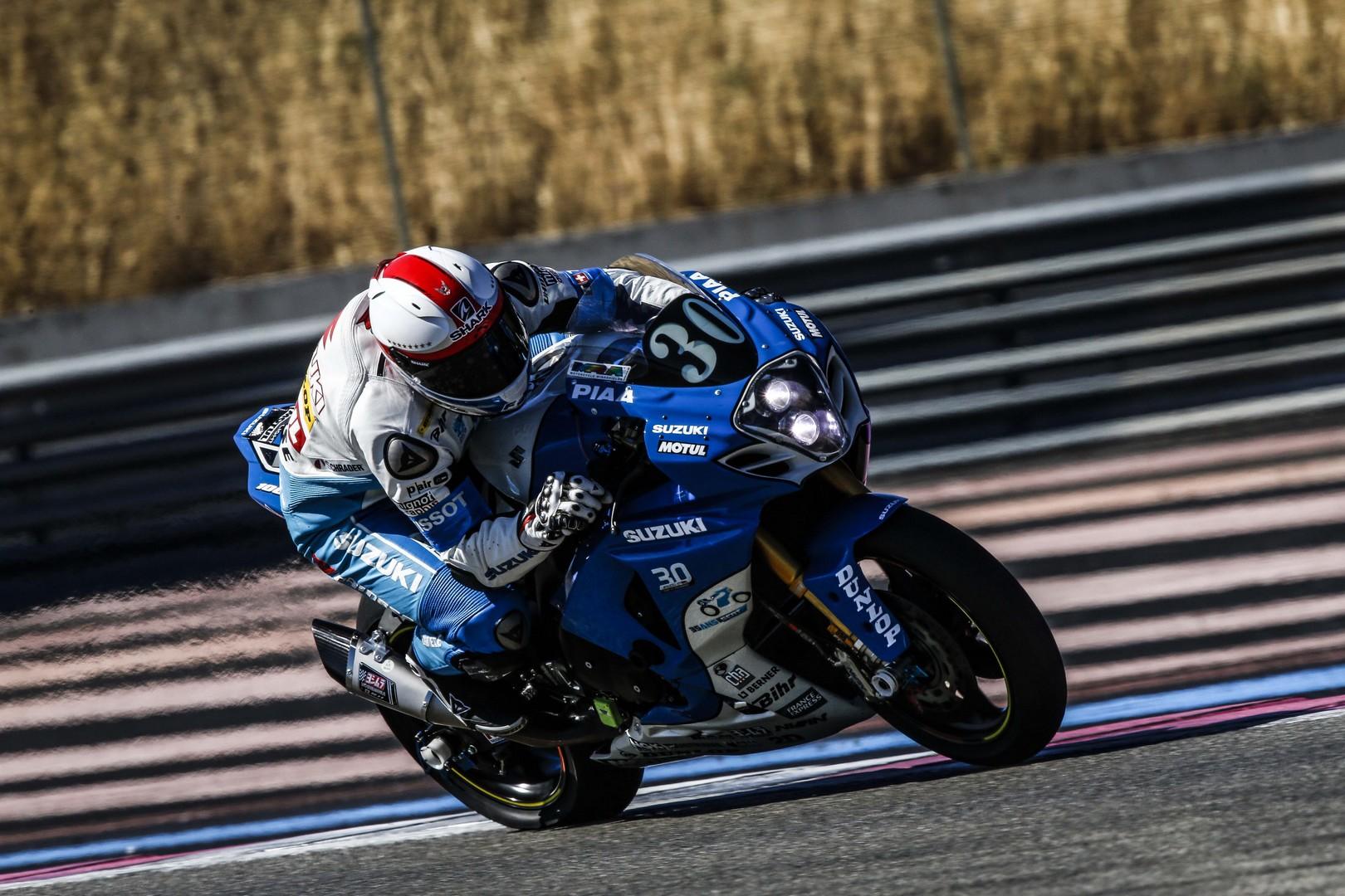 kit xenon H4 de voiture => ok mais Soucis de ballast ou ampoule - Page 2 1449767995-2016-suzuki-endurance-racing-team-sert-fim-endurance-world-championship-01
