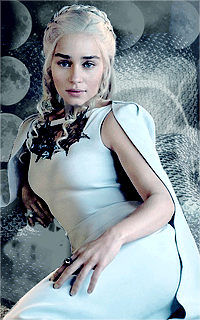 Emilia Clarke ▬ 200*320 1462632104-004