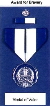 Bureau du Sergent II - Alex Highway  1490618271-mov