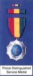 Bureau du Sergent II - Alex Highway  1490618272-service-awards-3