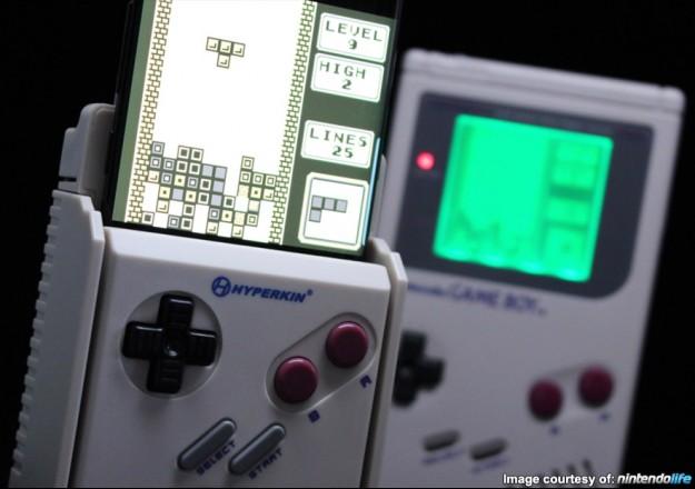 Hyperkin Smartboy- Adaptateur Gameboy pour SMartphone... 1505426397-smartboy-tetris-gameboy-625x440