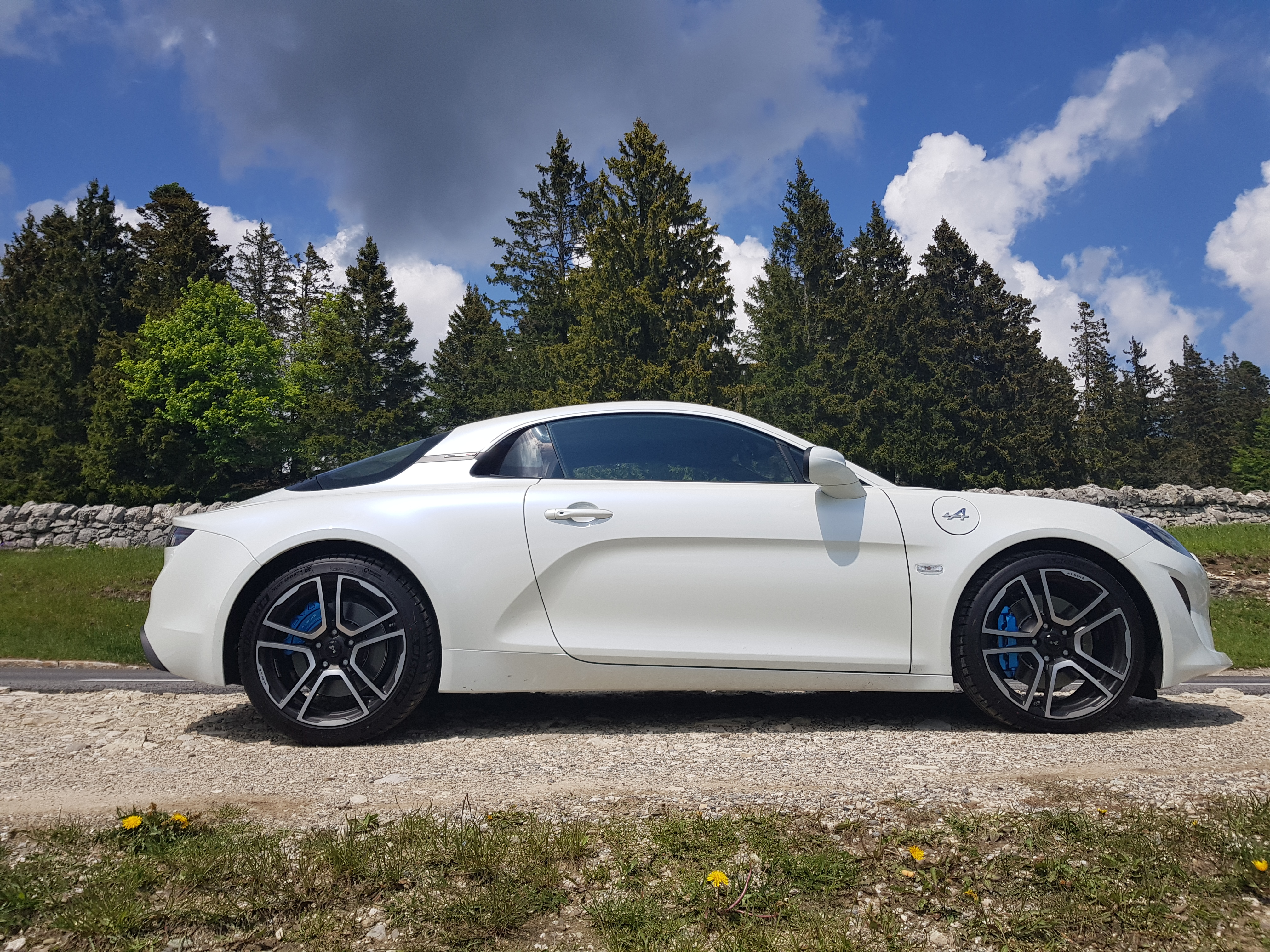 2017 - [Alpine] A110 [AS1] 1526855319-2018-05-20-14-34-25