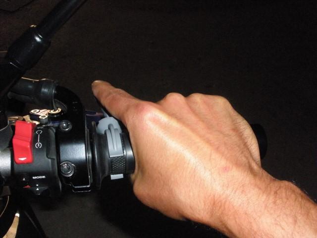 manuel - [TUTO] réalisation d'un régulateur de vitesse manuel (prix de revient inférieur à 1€) 1530810124-avec-main-small