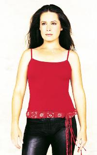 Holly Marie Combs avatar 200x320 1532799520-vava-april4