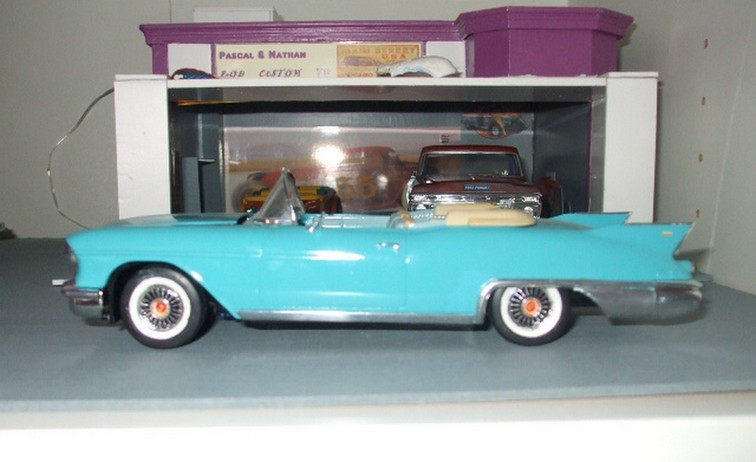 Cadillac Eldorado Biarritz 1958 - HELLER 1/24 1536771795-dscf9409