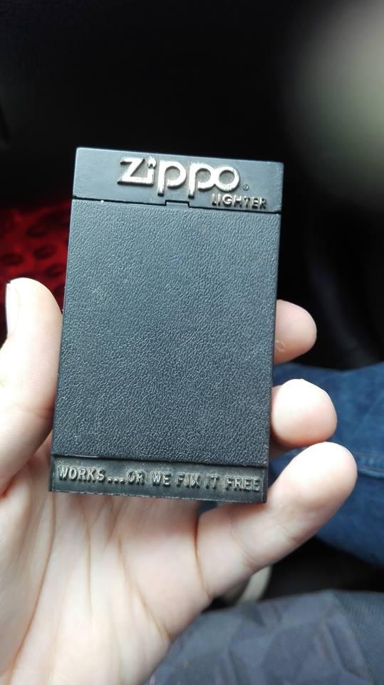 Estimation de mon Zippo  1537870316-zippo-2