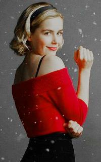 Kiernan Shipka avatars 200x320 pixels   1545736205-vava-christmas-sabrina