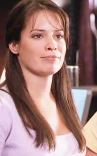 Holly Marie Combs avatar 200x320 1547763077-vava-april4
