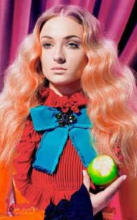 Sophie Turner avatars 200x320 - Page 2 1548283526-vava-anna-anniv-marine