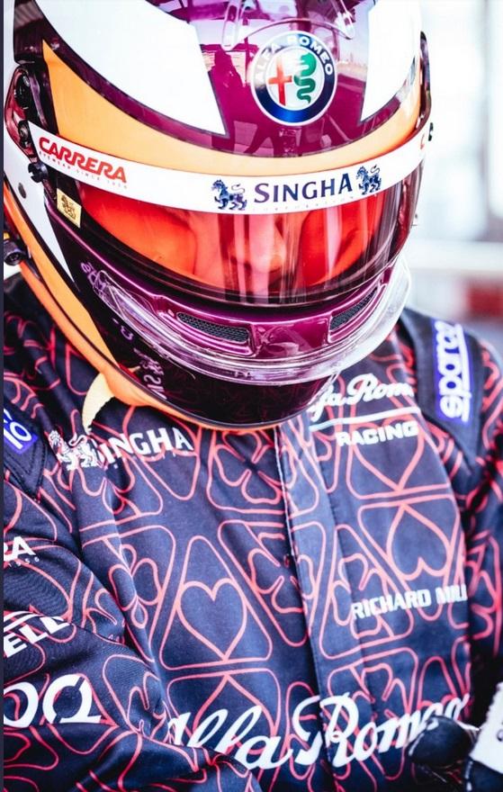 [F1]Kimi Räikkönen - World Champion 2007 - Page 5 1550217669-kimicasqueb