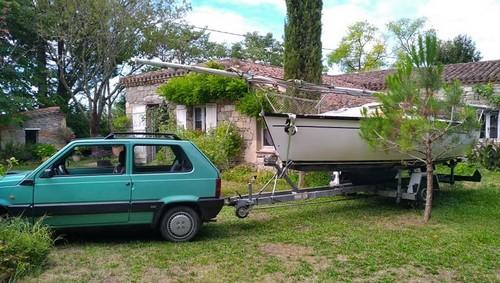 Pas une Alfa mais une petite Italienne - Page 3 1567802398-voilier-panda-1