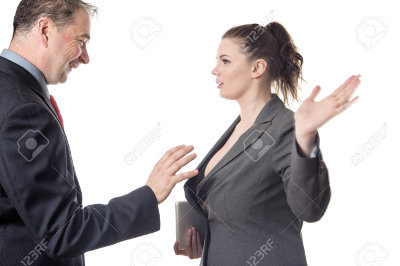 Les annonces de ventes qui nous font marrer ! - Page 18 1575466584-79701808-homme-d-affaires-essayant-de-toucher-une-femme-seins-seins-sur-le-point-d-etre-gifle