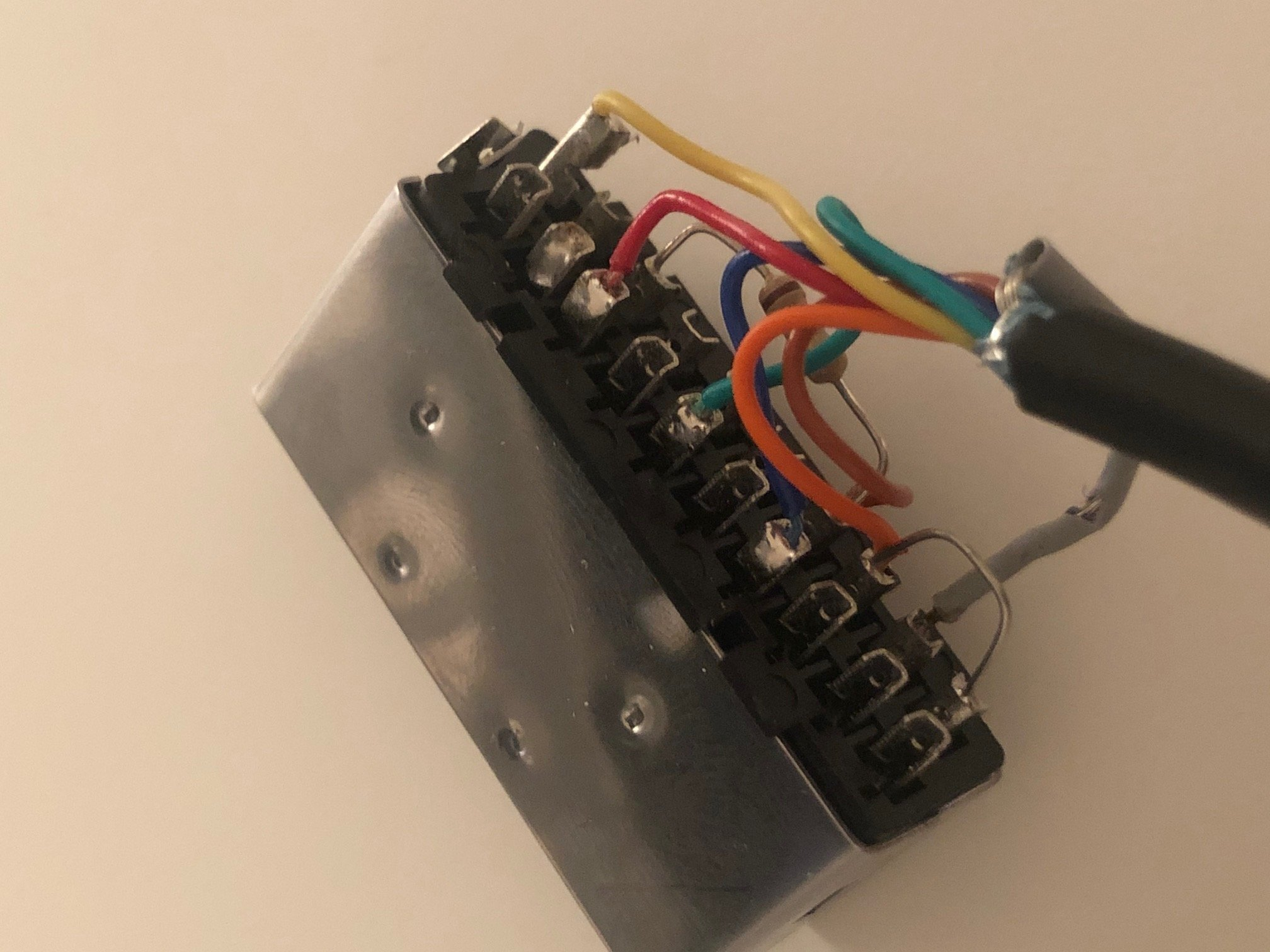 Heeeelp ! Identification console svp  1610736063-img-6438