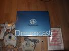 [VDS] Dreamcast complète en boîte avec deux manettes et accessoires 1541852562-dsc05660-resultat